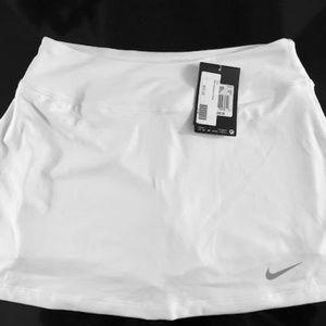 NEW Womens Nike Golf Skirt Skort White Dri-Fi SM